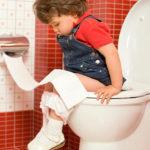 Как лечить запор у ребенка 2 лет, советы докторов, народные средства