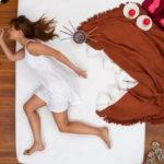 Из-за чего во сне дергается тело человека и о чем это может сказать?