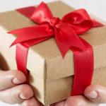 Выбор подарков и сувениров в интернет — магазине