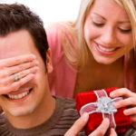 Лучшие подарки для мужчин на День святого Валентина