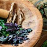 Лечение миомы дома травами